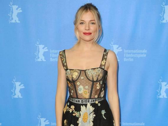 Sienna Miller arbeitet auch als Modedesignerin