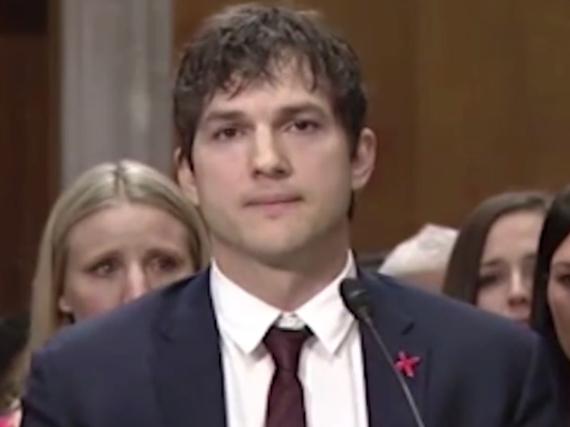 Ashton Kutcher hatte bei seiner Rede feuchte Augen