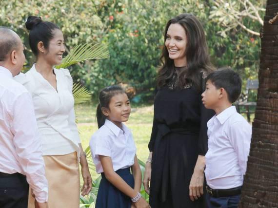 Angelina Jolie bei einem Promo-Termin in Kambodscha für ihren neuen Film