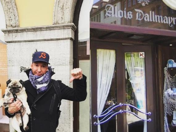 Jochen Bendel mit seinem Hund in München