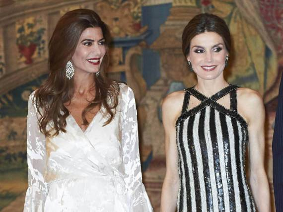Letizia von Spanien (r.) mit Argentiniens First Lady Juliana Awada