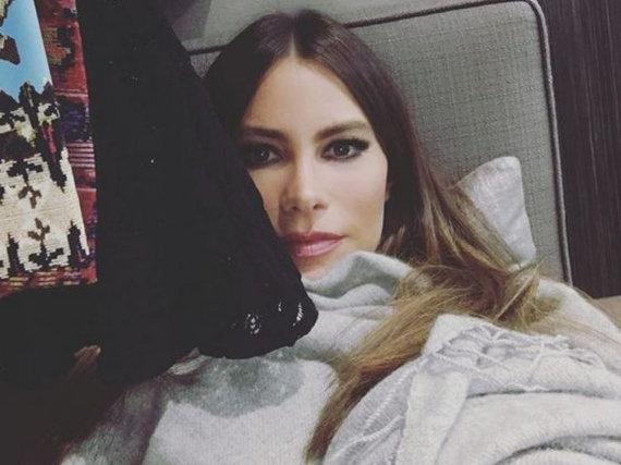 Sofia Vergara relaxt in einer