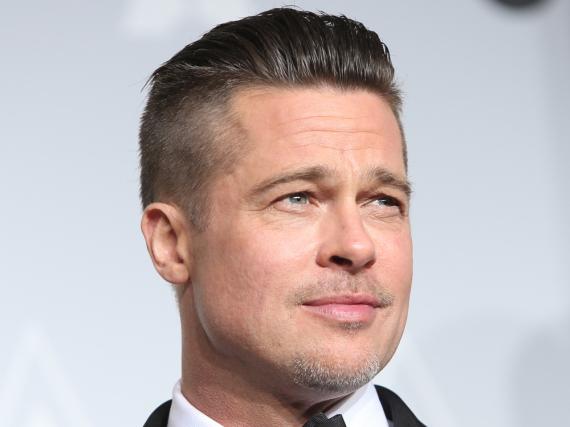Brad Pitt hat sich bei seiner Ex Jennifer Aniston gemeldet