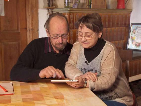 Elke und der Schweizer Bergbauer Ulrich in der elften