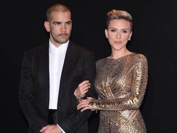 Scarlett Johansson und Romain Dauriac auf einer Veranstaltung in Hollywood