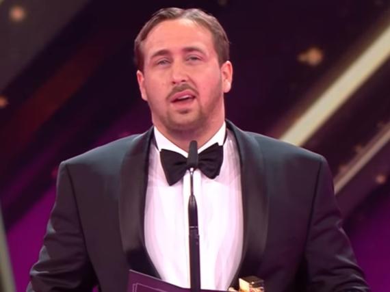 Ludwig Lehner als falscher Ryan Gosling auf der Bühne der Goldenen Kamera