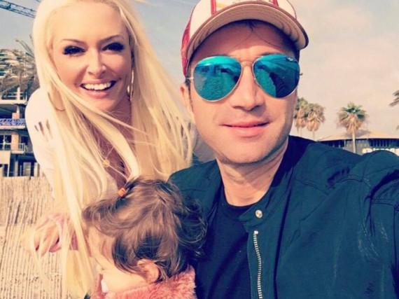 Glücklich auf Mallorca: Daniela Katzenberger mit Lucas Cordalis und der kleinen Sophia