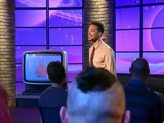 Aurel Mertz moderiert seit April 2015 auf Tele 5