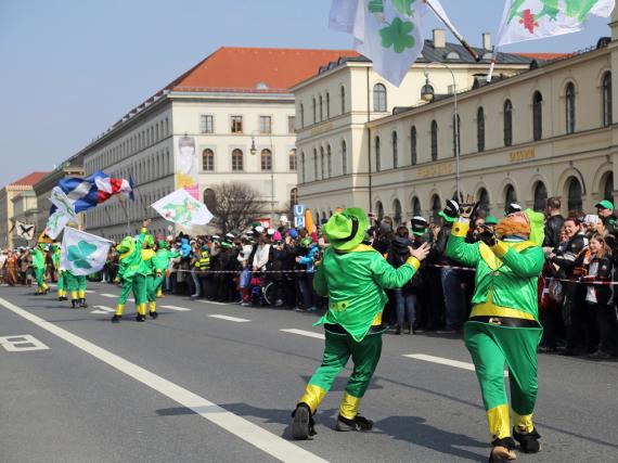 Auch auf Münchens Straßen wird der St. Patrick's Day feierlich begangen