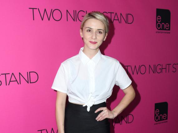 Addison Timlin verkörpert die junge Hillary Clinton
