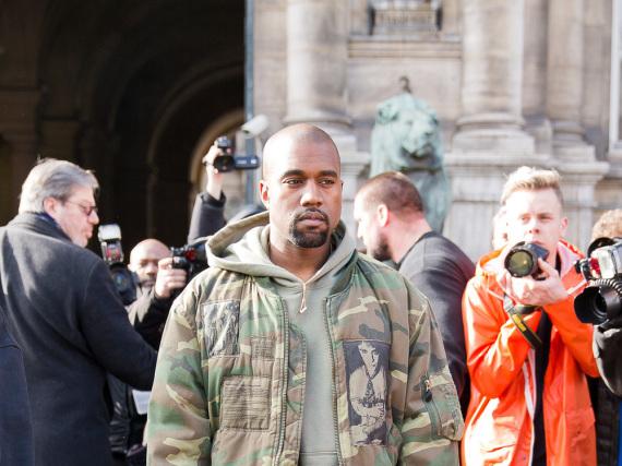 Rap-Star und Designer Kanye West hat zur Zeit eine schwierige Phase zu überstehen