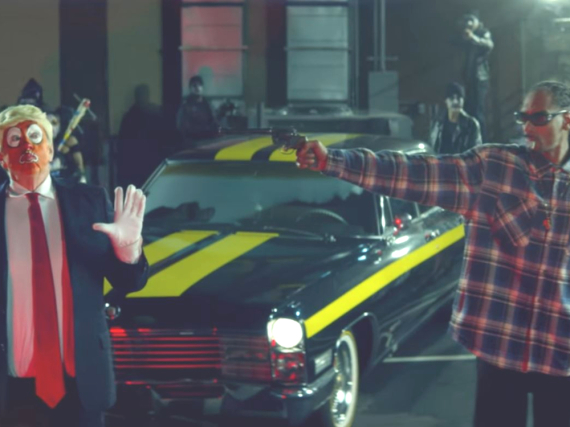 Der Donald-Trump-Clown im neuen Musikvideo von Snoop Dogg
