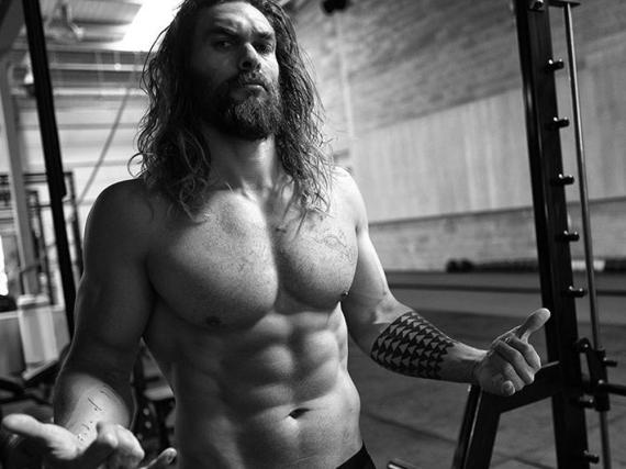 Bald lässt er seine Muskeln im Kino spielen: