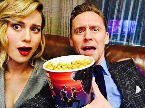 Brie Larson und Tom Hiddleston blödeln gerne herum und beweisen, dass sie sich auch privat gut miteinander verstehen