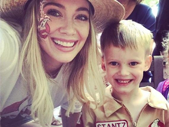 Hilary Duff hat einen gemeinsamen Sohn mit dem ehemaligen kanadischen Eishockeyspieler Mike Comrie