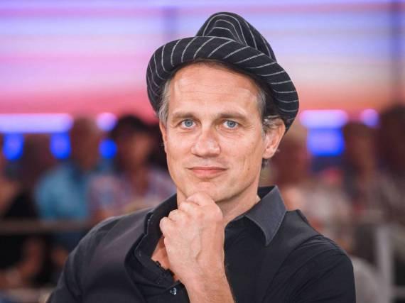 Schauspieler und Yogi mit großem Herz: Ralf Bauer