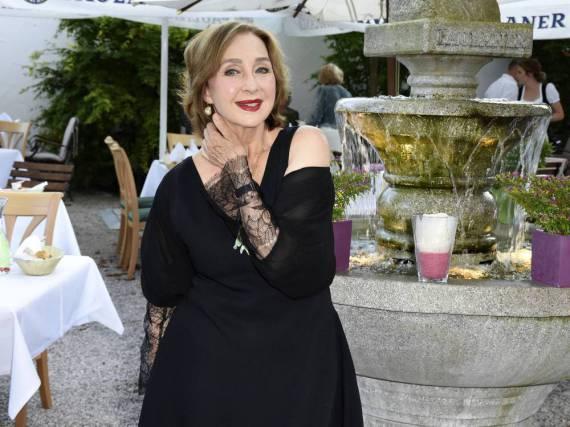 Die Familie steht Christine Kaufmann in ihrer schwersten Zeit zur Seite