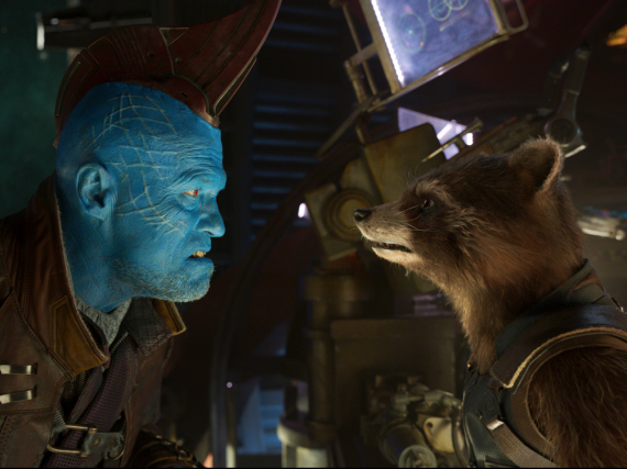 Michael Rooker alias Yondu (l.) in