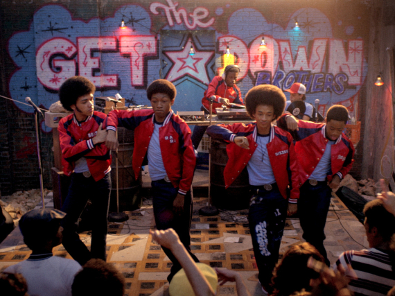 Justice Smith (v.l.), Skylan Brooks, Shameik Moore, Jaden Smith und Tremaine Brown Jr. grooven weiter in