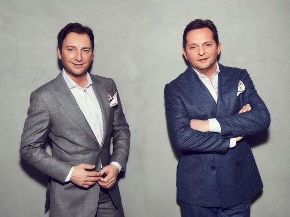 Freddy März (l.) und Martin Marcell feiern dieses Jahr ihr 20-jähriges Jubiläum als Schlager-Duo Fantasy