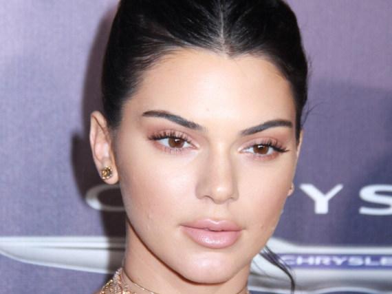 Kendall Jenner muss derzeit einen Tiefschlag nach dem nächsten verkraften