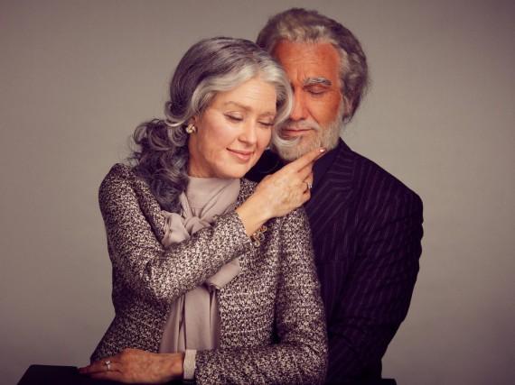 Rebecca Mir im Alter von 75 Jahren & Massimo Sinató im Alter von 86 Jahren: Die Maskenbildner haben ganze Arbeit geleistet
